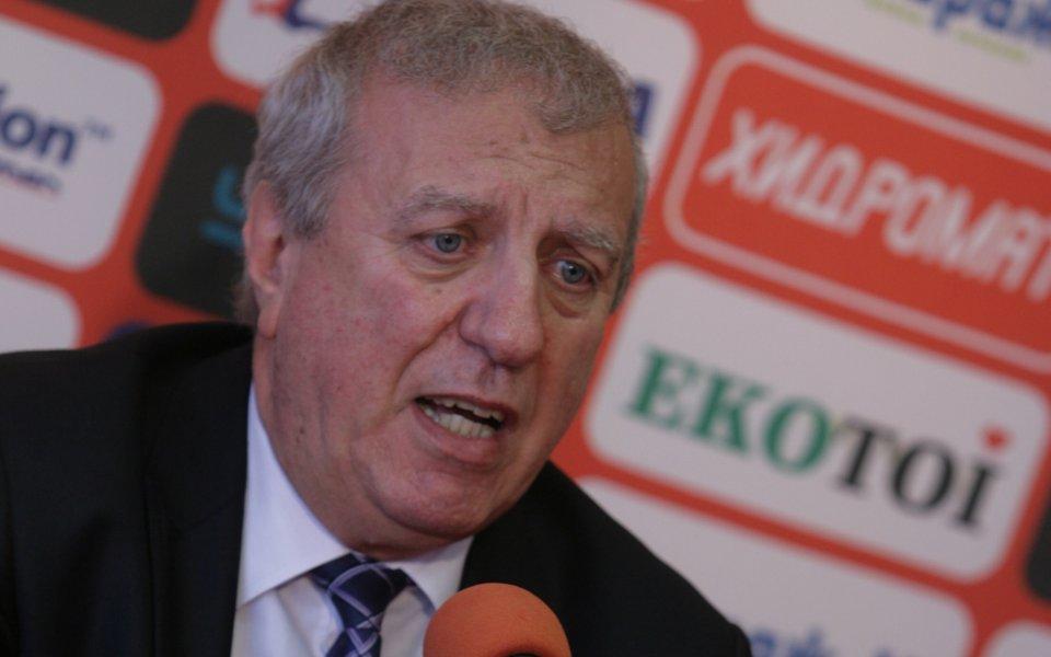 Бившият президент на ЦСКА - Александър Томов как да бъде