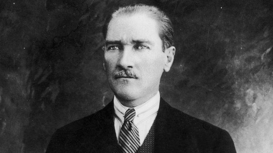 Кемал Ататюрк през 1925 г.