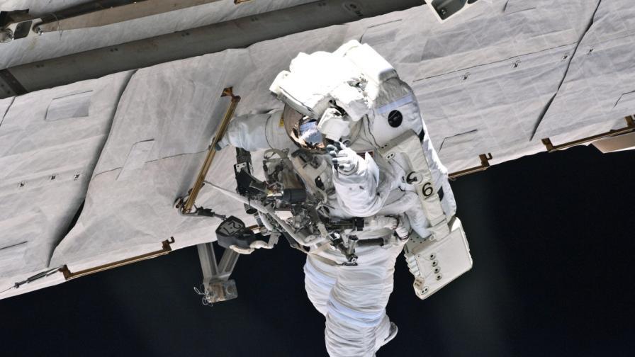 НАСА: Как се приготвя пуйка в Космоса (видео)
