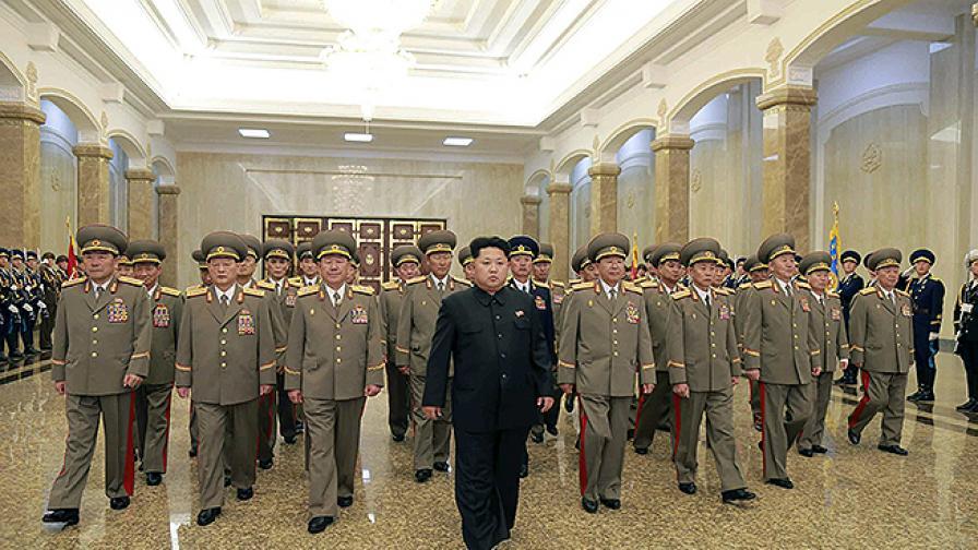 КНДР чества Деня на Слънцето – рождената дата на Ким Ир-сен