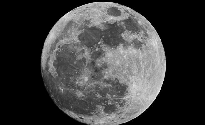 Полетите до Луната могат да струват на НАСА с 90 % по-евтино