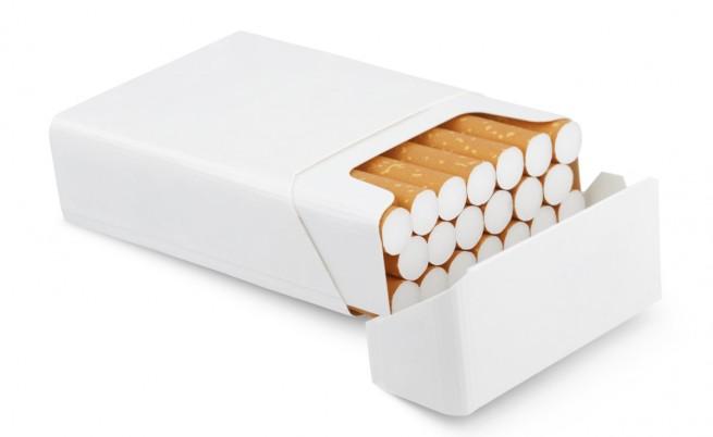 Кой е на картинките върху цигарените кутии