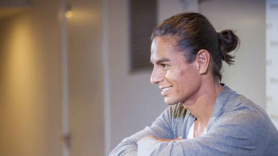 Хулио Иглесиас ще пее със сина си в София