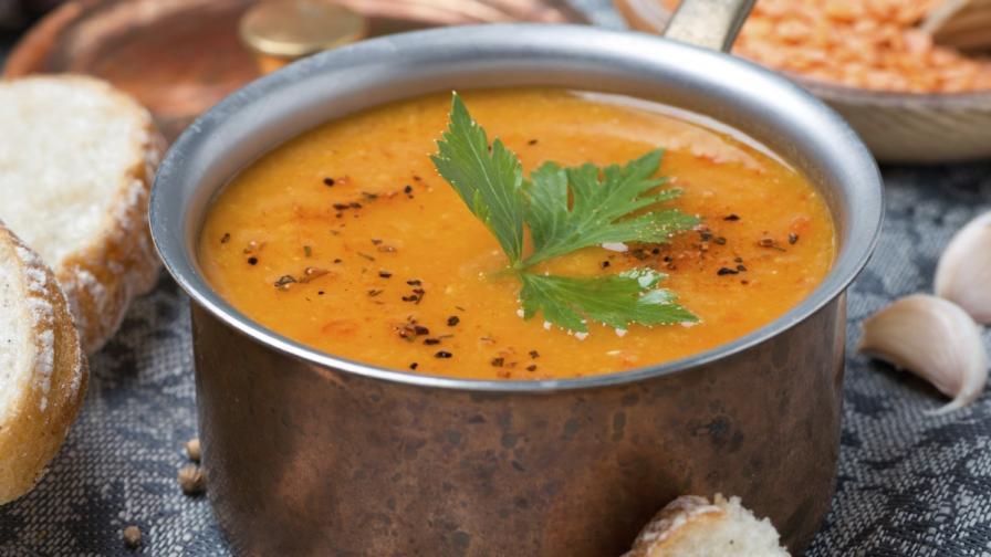 Супа, а не вода, се лее от чешма в Турция