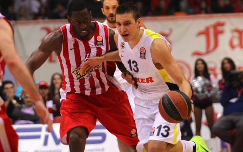 СНИМКА: Анри сбъдна детската мечта на баскетболист