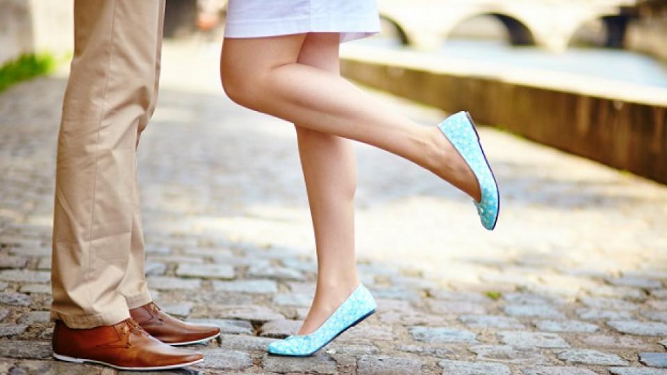 Ниските обувки са вредни колкото високите токчета