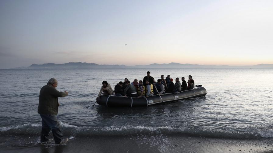 Ад във водите на Егейско море след нови загинали бежанци