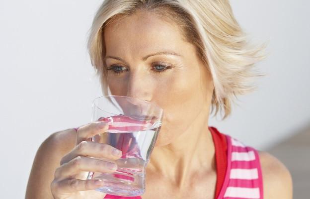 <p>Силен антиоксидант - През първия месец от използването му се свалят 3-4 кг &bdquo;мъртво тегло&ldquo;, поради изхвърлянето на шлаките от организма. Клиноптилолитът е най-мощното детоксикиращо средство помагащо на организма да се защити от свободните радикали.</p>