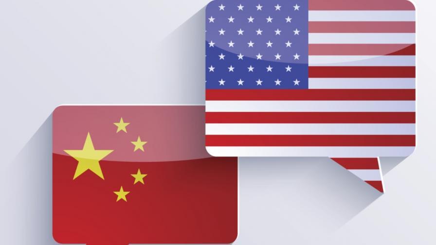 Икономическият съветник на Тръмп: Китай пада, хората и парите бягат