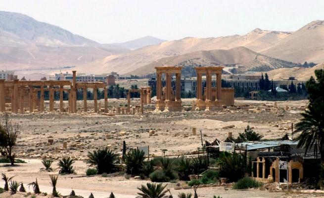 Ужас в Палмира: ИД претърсва домове и стреля в упор