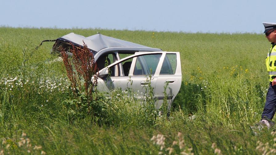 Единият от пострадалите в катастрофата край Долище е в критично състояние