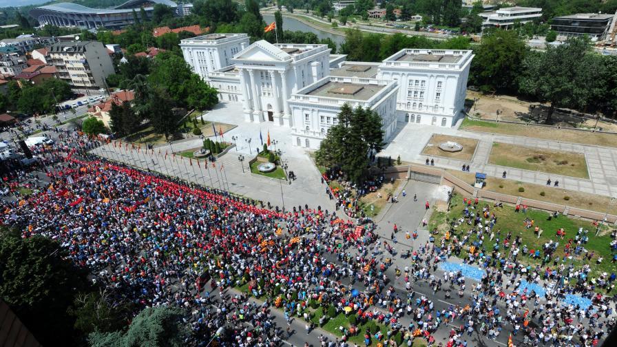 МВР в Скопие: Македония е безопасна за туристите