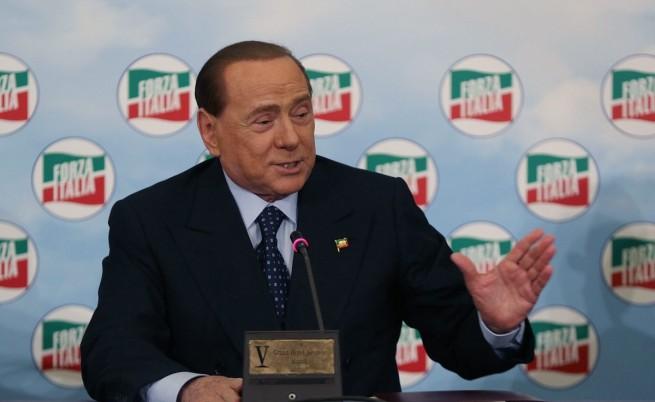 Силвио Берлускони търсел приемник, който да оглави италианската десница