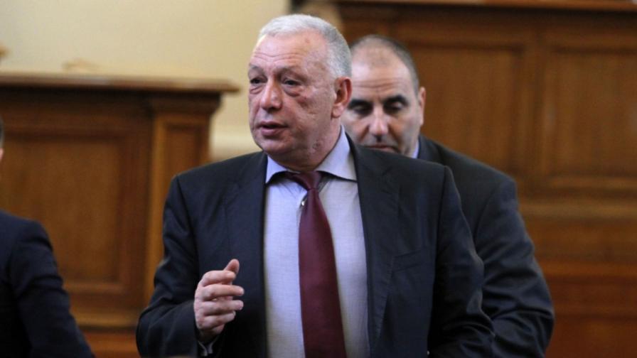 Депутатът от ГЕРБ Димитър Лазаров