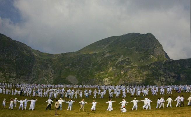 Паневритмия в Рила - дъновисти танцуват за мир и хармония