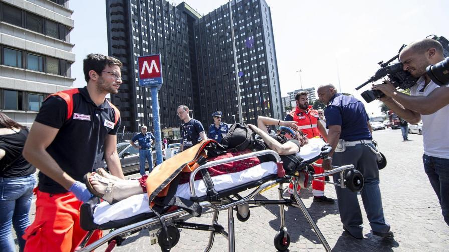 21 души са ранени при сблъсък на два влака в метрото на Рим