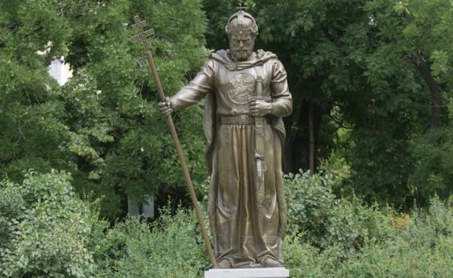 Плевнелиев: Костите на цар Самуил трябва да се върнат в България