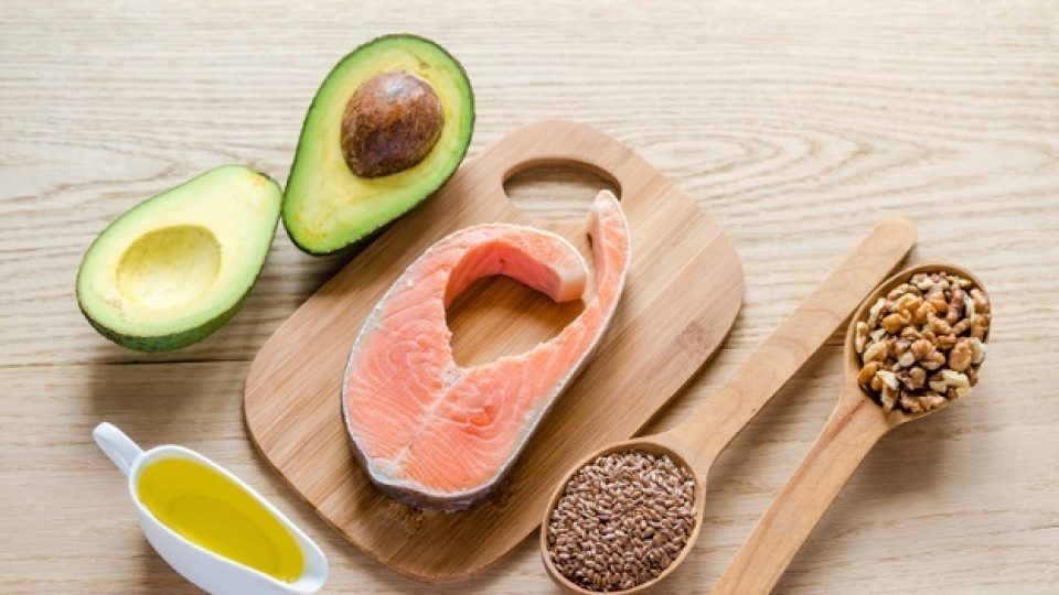 Риба, авокадо и ленено семе са сред най-добрите източници на Омега-3