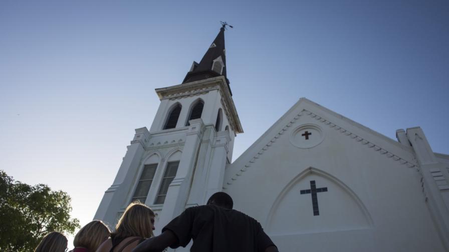 Първа служба в църквата в Чарлстън след стрелбата