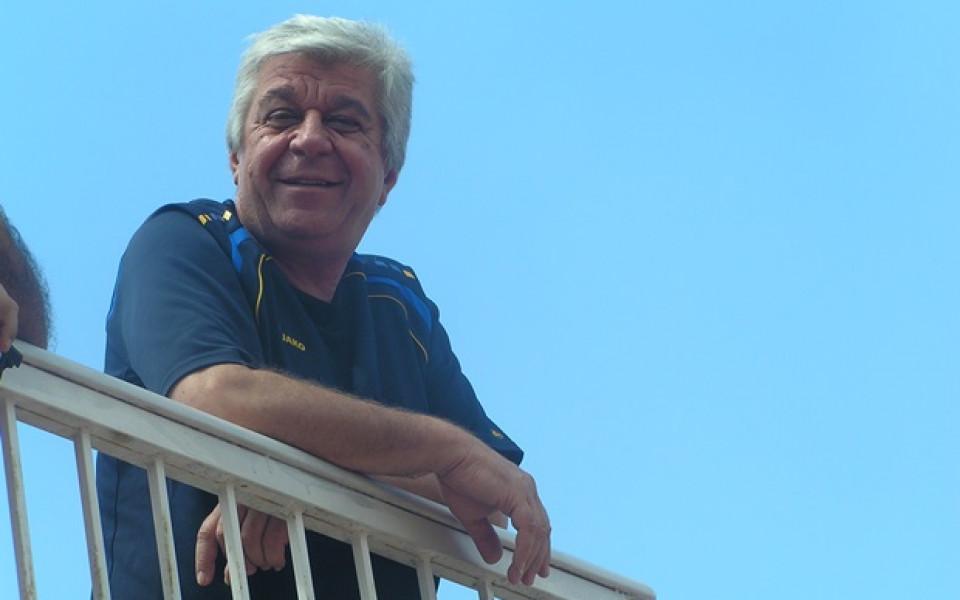 Спечелената купа коства 40-годишен мустак на шофьора на Черно море