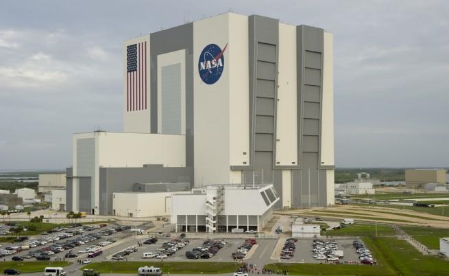 НАСА определи 4-ма астронавти за частните полети в Космоса