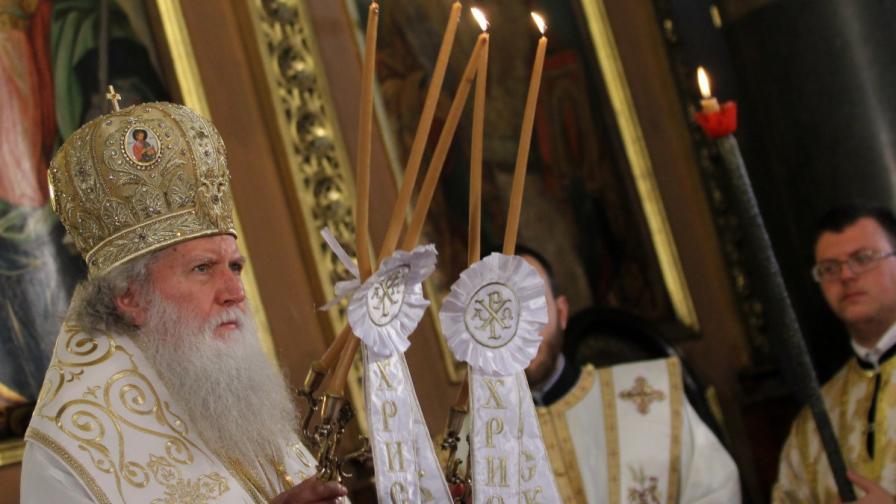 Св. Синод обяви, че тръгва на мисия за спасение на душите на българите от ересите