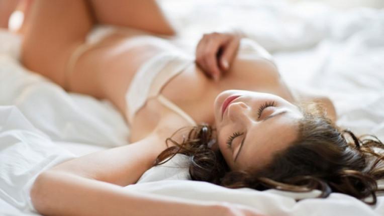жена легло секс