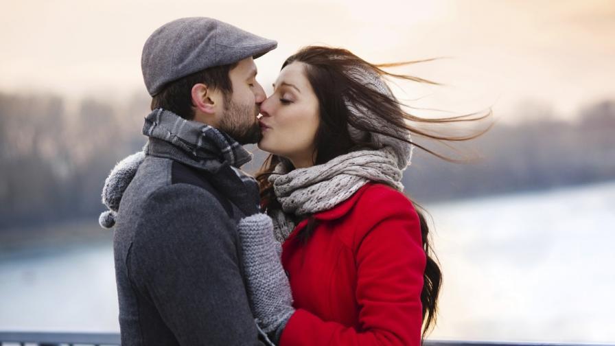 6 юли е – денят на целувката