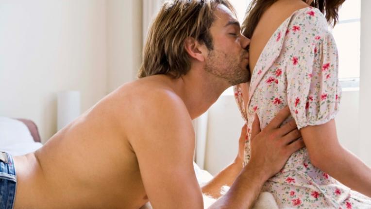 целувка нежност целуване