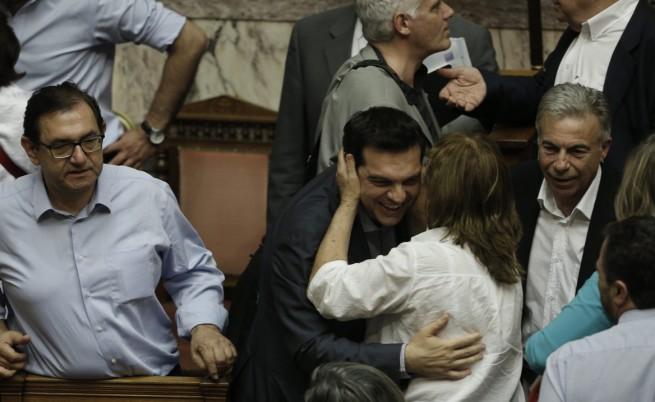Гръцкият парламент одобри предложенията към кредиторите