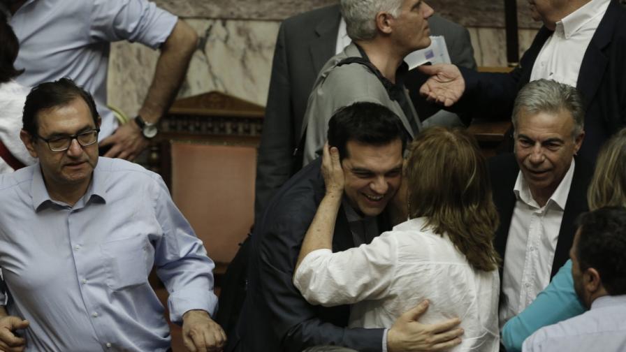 Гръцкият парламент одобри новите предложения