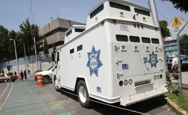 Представители на властта вероятно са помогнали на Ел Чапо да избяга