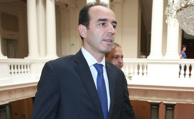 Депутатите избират нов шеф на БНБ