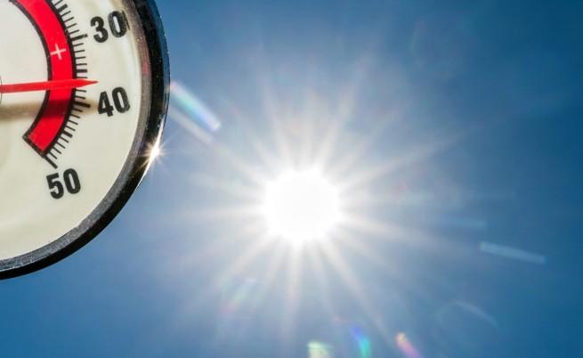 Термометър показва 37 градуса по Целзий в Германия