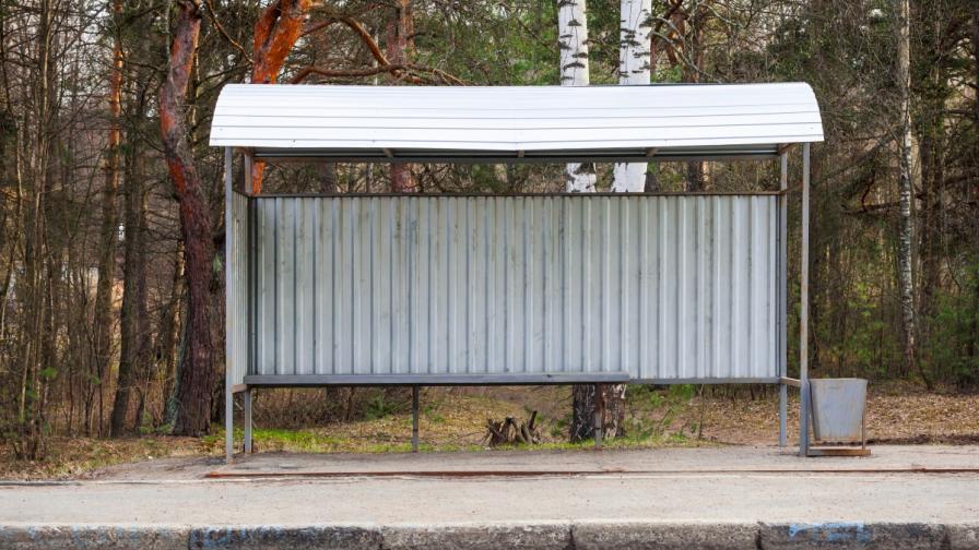 Руснак откраднал автобусна спирка за вторични суровини