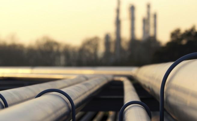 Цената на петрола с рекорден минимум
