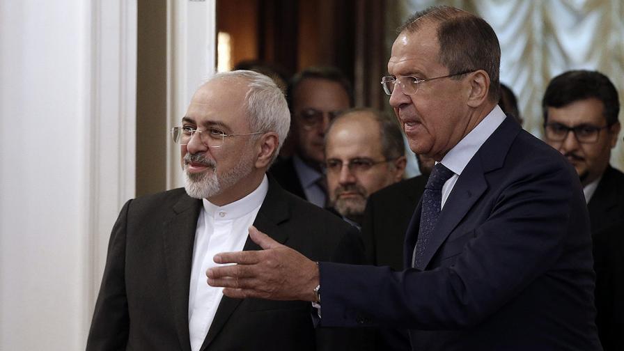 """Русия и Иран преговарят за продажбата на ракети """"земя-въздух"""""""