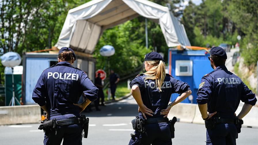 Във Виена задържаха мъж, опита да прегази хора