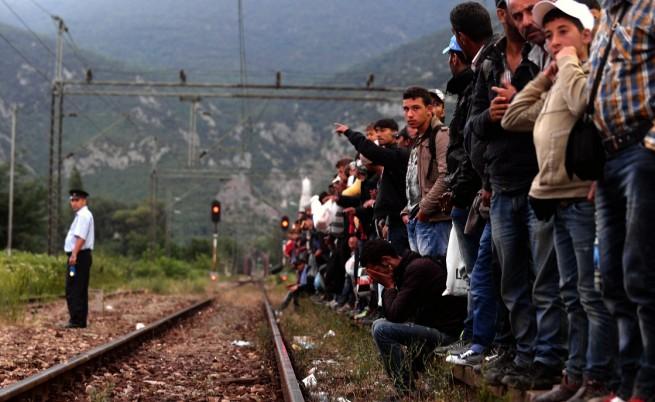 Меркел и Рахой искат справедливо разпределение на бежанците