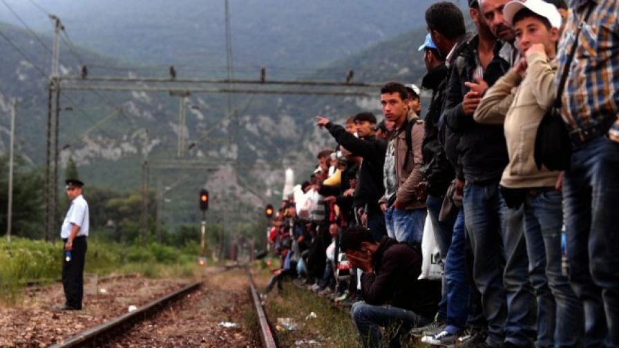 Будапеща: Напрежение на жп гара, не допускат бежанци