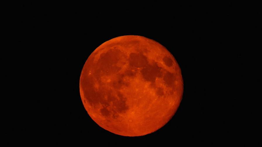 Пълно лунно затъмнение ще съвпадне със суперлуние