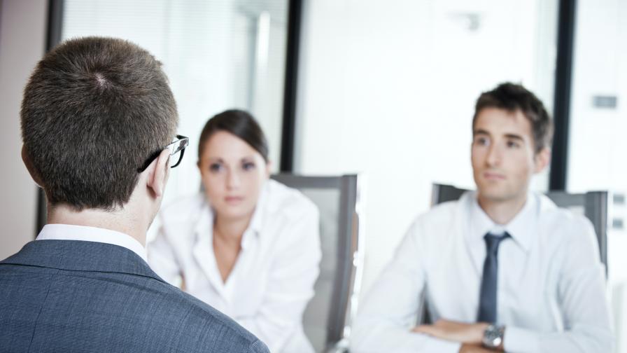 5 неща, които да носим в себе си на интервю за работа