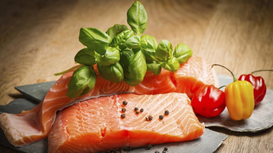 Яденето на повече риба намалява риска от депресия