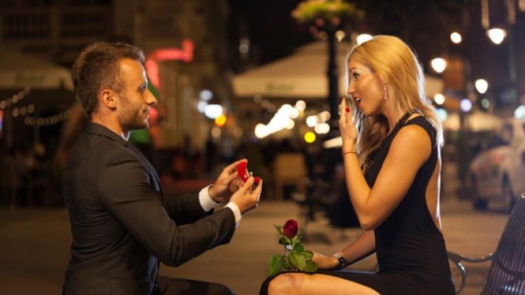 предложение брак годеж пръстен