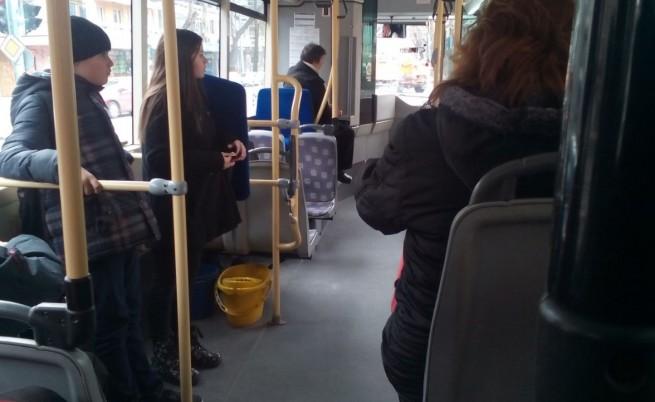 Запор на заплатата грози гратисчии в градския транспорт на София
