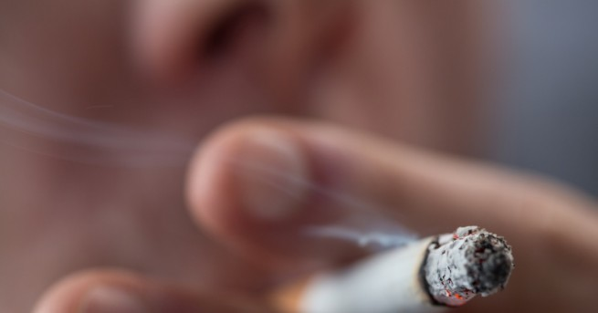 Свят Русия забрани пушенето по балконите Новите правила се въвеждат