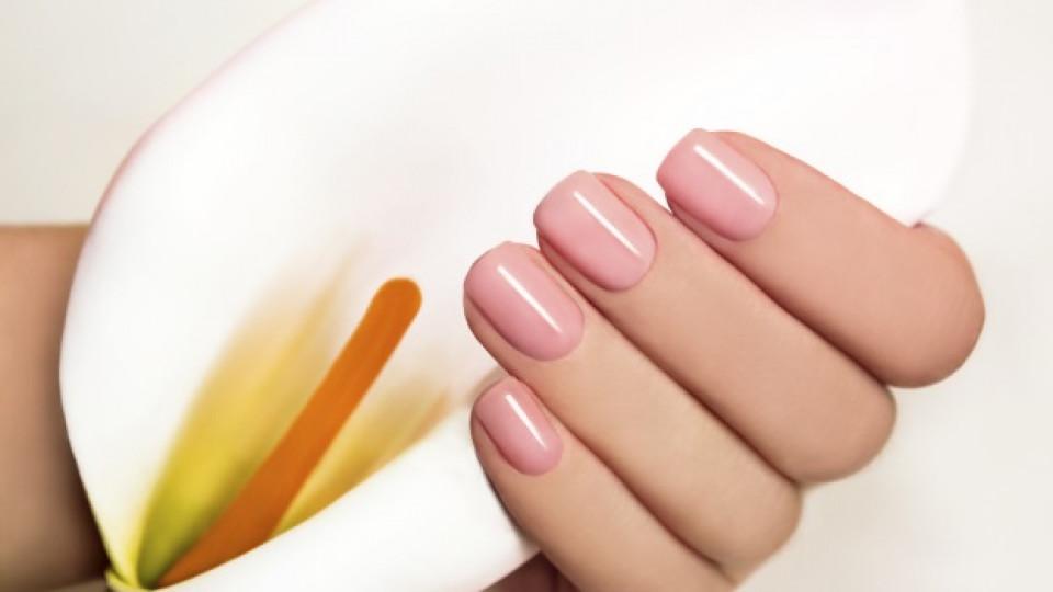 Хитър трик: по-млади и слаби ръце само с лак за нокти