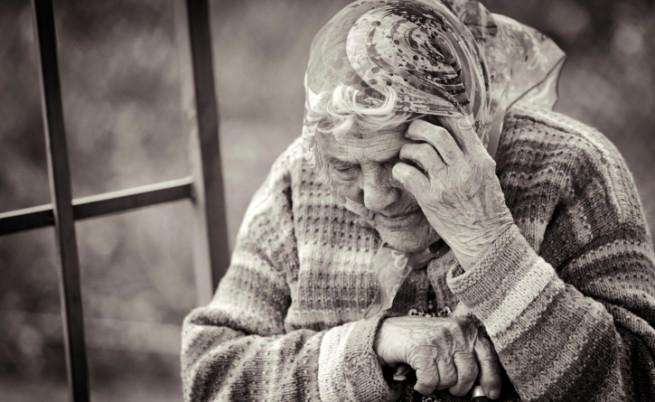Евростат: Българските пенсионери са най-заплашени от мизерия и изолация