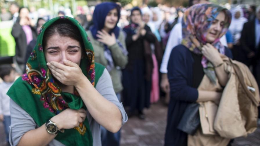Турция обвини ИД за атентата в Анкара