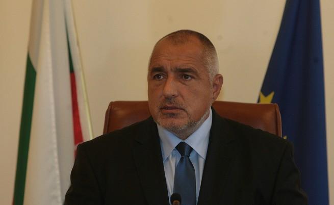 Борисов на среща с двама министри заради полицаите